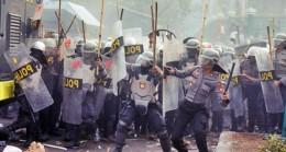 Endonezya'da 5 Günlük Gösteri Yasağı!
