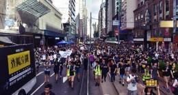 Protestolar Meclis Oturumunu İptal Ettirdi!