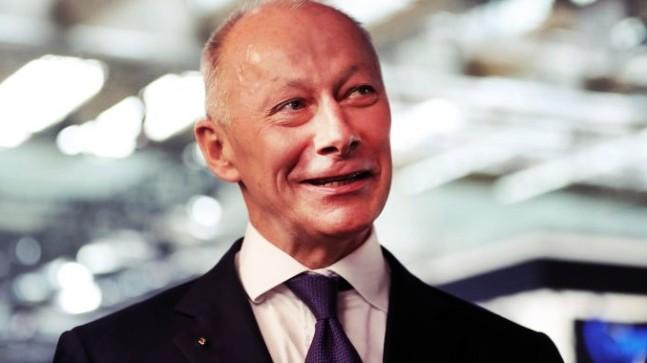 Renault CEO'su Apar Topar Görevden Alındı!